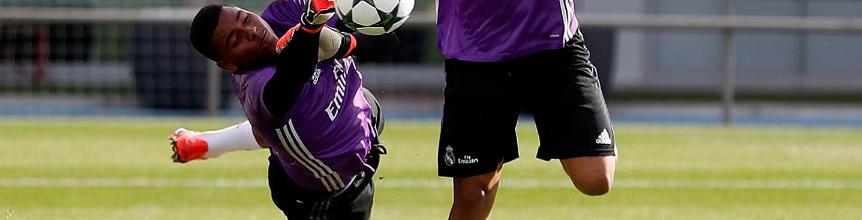 Mohamed Ramos (16 anos e 188cm) treinou com os seniores do Real Madrid CF