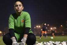 Íris Silva: aos 15 anos a defender entre seniores no Viseu 2001