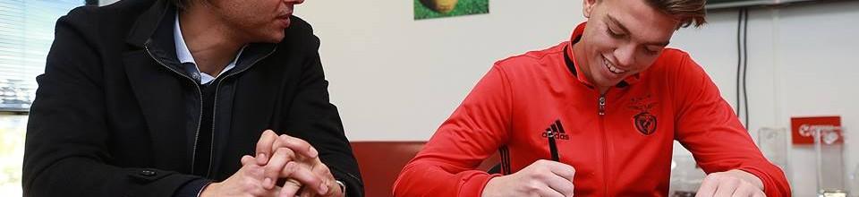 Diogo Garrido assina contrato profissional com o SL Benfica aos 17 anos