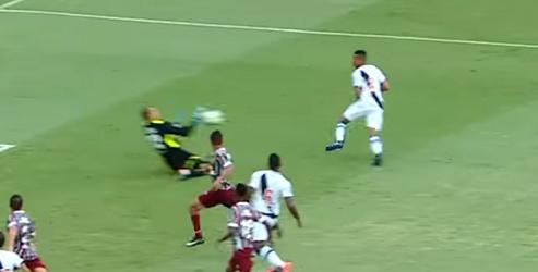 Diego Cavalieri completa hat-trick de defesas no Vasco da Gama 0-3 Fluminense FC