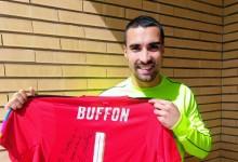 Sergio Asenjo elegeu Gianluigi Buffon como ídolo e este enviou-lhe camisola
