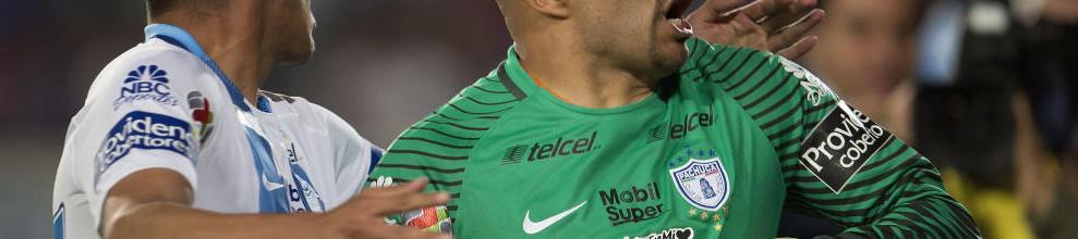 Óscar Conejo Pérez, aos 44 anos, marcou de cabeça, deu empate ao Pachuca e tornou-se recordista