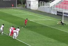 Tiago Pereira defende grande penalidade no SL Benfica B 1-4 SC Braga B