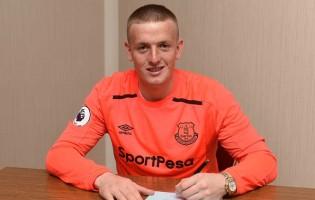 Jordan Pickford assina pelo Everton FC e torna-se o terceiro guarda-redes mais caro da história