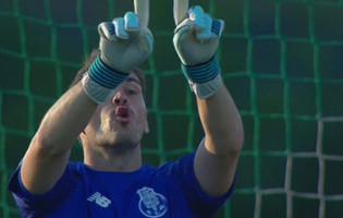 Iker Casillas sofre ao fim de 530 minutos de imbatiblidade na Primeira Liga 2017/2018