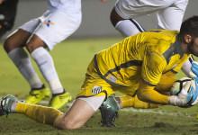 Gabriel Gasparotto assina pelo FC Arouca