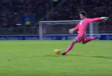 Juan Carlos Martín marca golo desde detrás do meio-campo – CD Lugo 3-1 Sporting Gijón