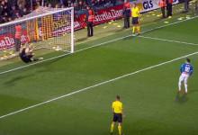Jasper Cillessen defende várias vezes e destaca-se nos penaltis da Supertaça da Catalunha