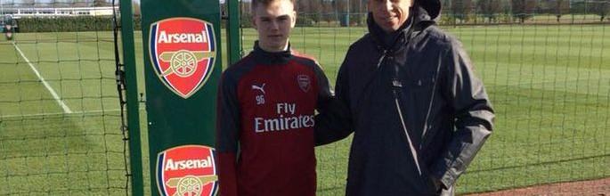 Karl Jakob Hein: Arsenal FC contrata guarda-redes Estoniano de dezasseis anos