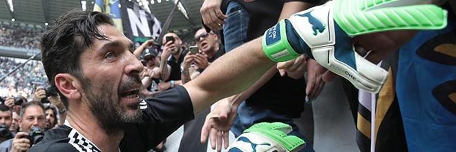 Gianluigi Buffon: último jogo pelo Juventus FC com uma defesa, baliza virgem e volta olímpica entre lágrimas