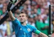 Igor Akinfeev coloca o pé no Mundial'2018 e na sétima fase final pela Rússia