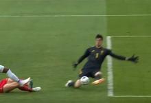 Thibaut Courtois e Jaime Penedo em duas intervenções – Bélgica 3-0 Panamá