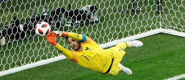 Hugo Lloris fecha a baliza em defesa espetacular e leva França à final do Mundial'2018