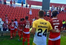Quentin Beunardeu debuta, defende dois penaltis e leva CD Aves à Taça da Liga