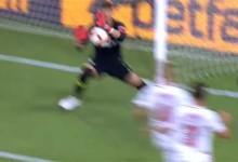 Tomas Vaclik fecha a baliza contra catorze remates – Sevilla FC 0-0 Villarreal CF