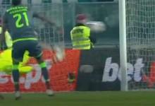 Douglas Jesus fecha a baliza em remate a curta distância – Vitória SC 1-0 Sporting CP