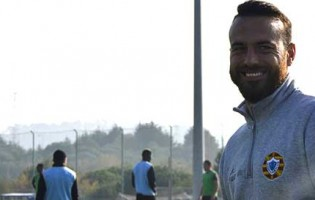 Paulo Cunha retira-se e é o novo treinador de guarda-redes do Varzim SC
