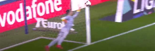 Ricardo Ferreira destaca-se em defesa de qualidade entre outras – FC Porto 4-1 Portimonense SC