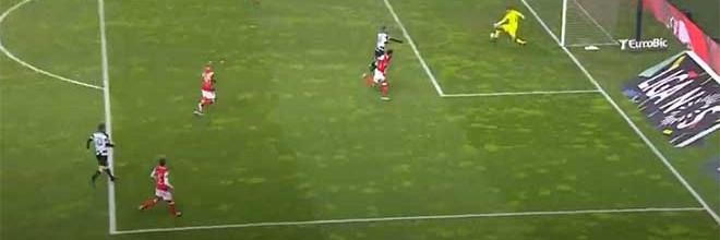 Tiago Sá defende com a perna para fechar a baliza – SC Braga 1-0 Boavista FC