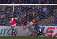 Fabiano Freitas atira-se para defesa espetacular após dificuldades – FC Porto 3-0 SC Braga