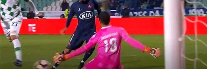 Jhonatan Luiz protagoniza defesa de qualidade no um-para-um – Os Belenenses 0-1 Moreirense FC