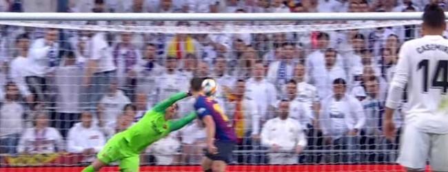Marc-André Ter Stegen defende em última instância até brilhar em voo – Real Madrid CF 0-3 FC Barcelona