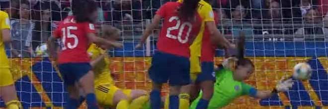 Christiane Endler faz defesa de nível no último grito – Chile 0-2 Suécia