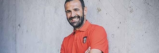 Eduardo Carvalho assina regresso ao SC Braga