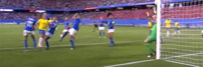 Laura Giuliani e Bárbara Barbosa destacam-se em defesas vistosas – Itália 0-1 Brasil