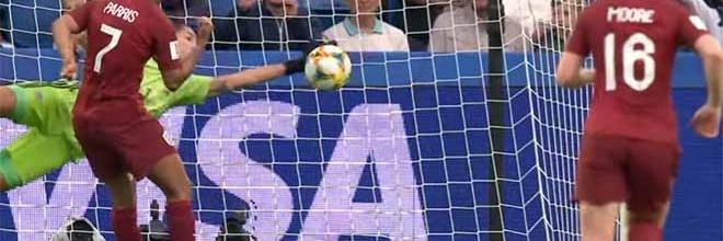 Vanina Correa defende penalti e faz outra defesa espetacular – Inglaterra 1-0 Argentina