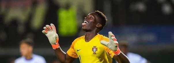 Celton Biai vice-campeão do Euro sub-19 por Portugal com três golos sofridos em cinco jogos