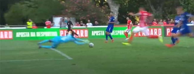 Hervé Koffi intervém com trepidação, fortúnio e interceta cruzamento – Os Belenenses 0-2 SL Benfica
