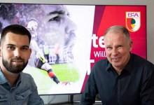 Tomás Koubek assina pelo FC Augsburg