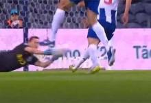 Agustín Marchesín tranca a baliza em desvio – FC Porto 2-0 FC Paços de Ferreira