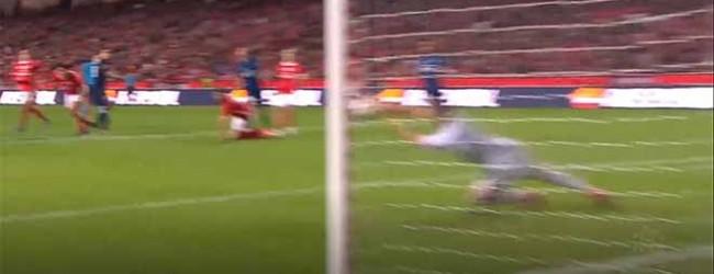 Odisseas Vlachodimos fecha a baliza em desvio – SL Benfica 4-0 FC Famalicão