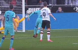 Marc-André Ter Stegen defende penalti e assina defesa de último grito – Valencia CF 2-0 FC Barcelona