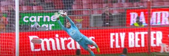 André Moreira voa em defesa espetacular – SL Benfica 3-2 Os Belenenses