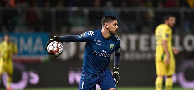 Cláudio Ramos ultrapassa Rui Patrício em recorde de jogos e minutos consecutivos na Primeira Liga
