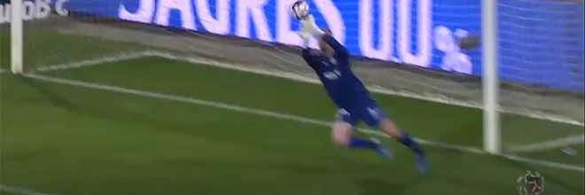 Giorgi Makaridze destaca-se em duas defesas – Portimonense SC 0-0 Vitória FC