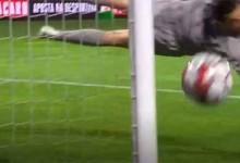 Agustín Marchesín voa para defesa espetacular – FC Paços de Ferreira 0-1 FC Porto