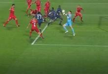 Dênis faz defesa vertiginosa em lance fortuito – Gil Vicente FC 3-0 CD Aves