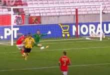 Mateus Pasinato destaca-se no um-para-um entre outras defesas – SL Benfica 2-0 Moreirense FC