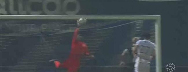 Bruno Varela fecha a baliza em defesa complicada – FC Famalicão 0-1 Vitória SC