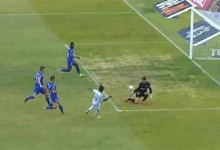 Stanislav Kritciuk faz dupla-defesa após precipitações – Belenenses SAD 2-0 CD Tondela