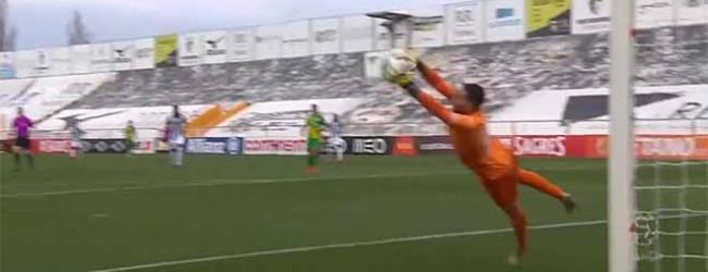 Pedro Trigueira encaixa remate desviado – Portimonense SC 3-0 CD Tondela
