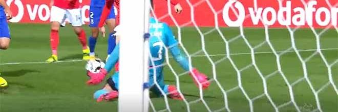 Stanislav Kritciuk sai da baliza para o um-para-um em três lances – Belenenses SAD 0-3 SL Benfica