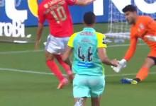 Amir Abedzadeh contém marcador em quatro defesas – SL Benfica 1-0 CS Marítimo