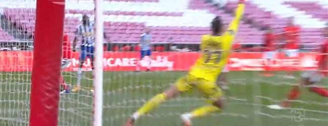 Helton Leite responde em defesa complicada – SL Benfica 1-1 FC Porto