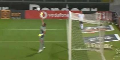 Odisseas Vlachodimos intervém várias vezes – Vitória SC 1-3 SL Benfica