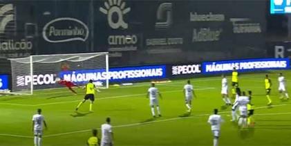 Luiz Reis Júnior em muitas dificuldades até defender no final do jogo – Sporting CP 1-1 FC Famalicão